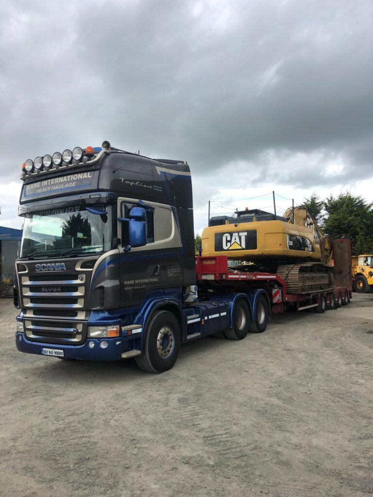 Caterpillar 330DL sold to a customer in the UK